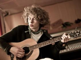 Max Prosa - Photo by Tino Sieland